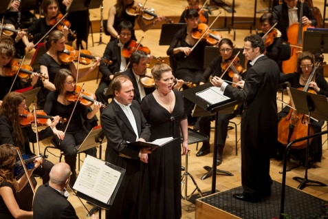 With the Orchestre EDF, the soprano Cécile Perrin and the tenor Jean-Noël Briend, salle Pleyel (2014)