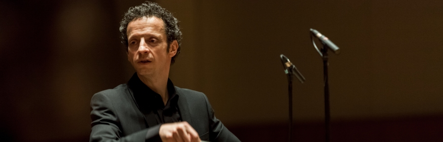 With the Orchestre EDF, salle Pleyel (2013)
