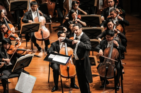 With the China National Symphony Orchestra at the National Center for Performing Art, Beijing (2016)
